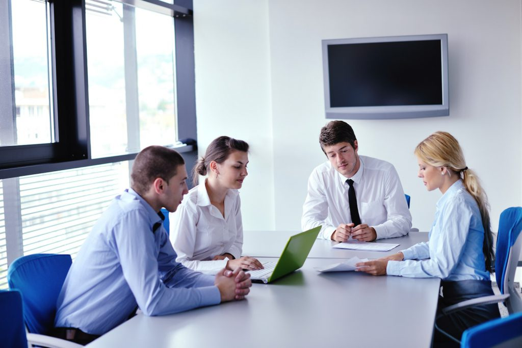 Relationships between the partners in an LLP | Solubilis